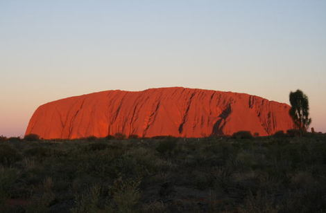 Uluru_aunset_1